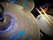 Schlagzeuger sucht MitMusikerInnen