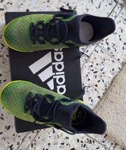 Adidas Schuhe Größe 32