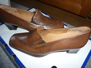 Da Schuhe auch Sandalen alle