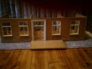 Solides Puppenhaus Holz geölt Bungalow-Eigenbau