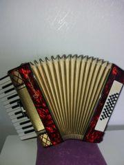 Akkordeon 32 Bass