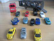 Spielzeug Autotransporter mit 12 Autos