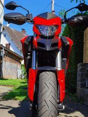 Ducati Hypermotard 821 Hyperstrada 821