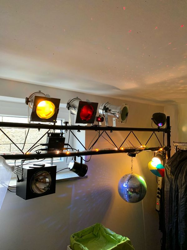 Wochenende- Sonderpreis Lichtanlage mit Traverse
