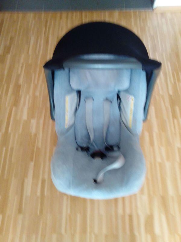 Römer Auto-Kindersitz