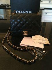 CHANEL Mini Classic Flap Bag
