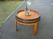 Tisch aus Weinfass