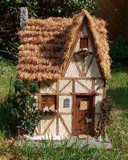 1 - 2 Zimmerwohnung kleines Häuschen