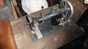 Antike Pfaff Nähmaschine