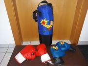 Boxsack mit 2 Paar Boxhandschuhen