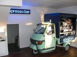 Piaggio, Vespa, APE Roller - Piaggio Scooter Mit Kaffeemaschine