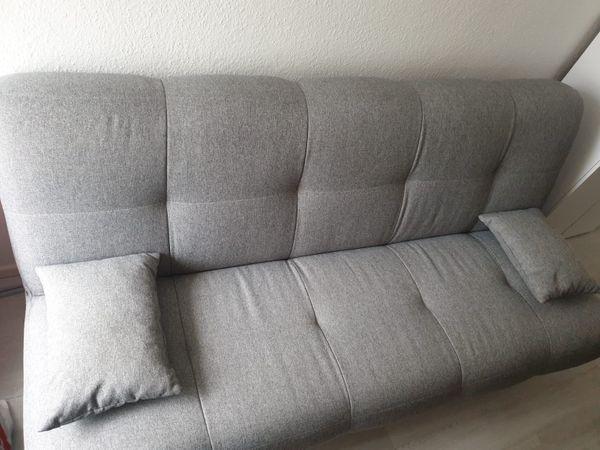 Sofa mit Schlaff Funktion