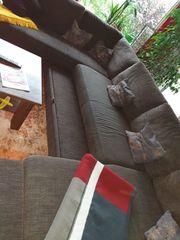 Sofa mit Bettfunktion Beistelltisch