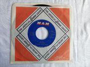 Ooh-Wakka-Doo-Wakka-Day Single