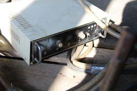 Produktionsmaschinen - Punktschweißzange Nimak Punktschweißmaschine