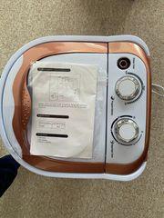 Kleine Waschmaschine verpackt und unbenutzt
