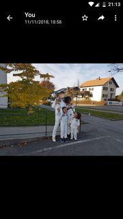Eine nette Familie mit 4