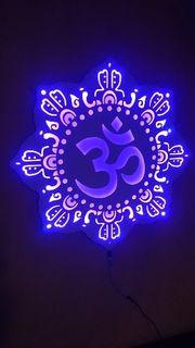 Om Chakra LED Lampe aus