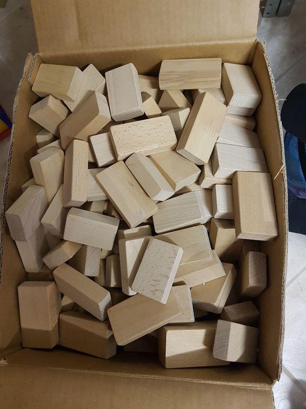 Kinder Bauklötze aus Holz