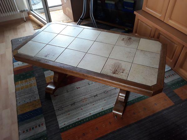 Tisch Couchtisch Klassiker mit Fliesen