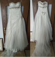 Neues Unbenutzes Brautkleid von Aysira