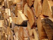 Feuerholz Brennholz Kaminholz Ofenholz - Anlieferung