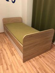 Bett mit Matratze Lattenrost und
