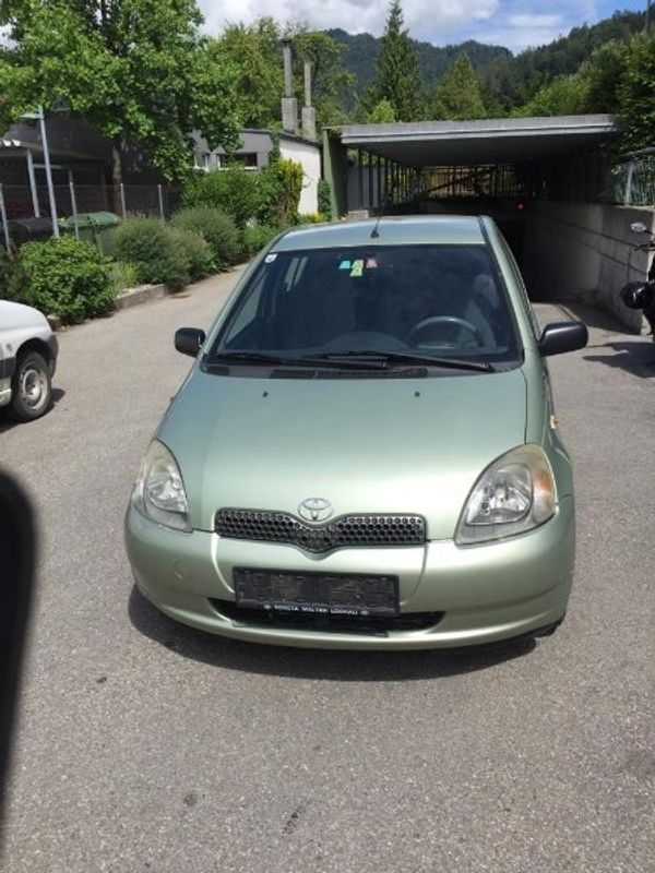Toyota Yaris 10 19 4
