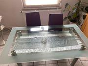 Esszimmertisch aus Glas