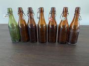 Diverse Glasflaschen mit Bügelverschluss 0