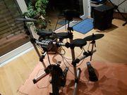 E-Drumset mit Pedalen und Soundmodul