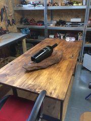 Tisch aus alter Kellertüre