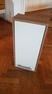 Wandschrank für Badezimmer Edelnussbaum Weiß