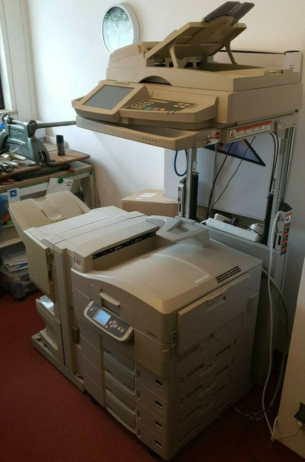 Oki C9800 Profidrucker mit allem