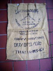 Original-Kaffeesäcke - dekorativ sehr guter Zustand
