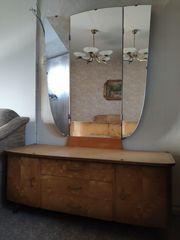 Schönes gut erhaltenes Schlafzimmer aus