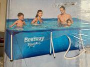 Bestway Swimming Pool mit Pumpe