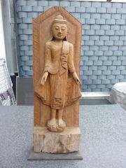 Alter thailändischer Buddha