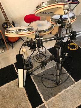 E Schlagzeug: Kleinanzeigen aus Eislingen - Rubrik Drums, Percussion, Orff