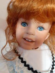 Größere Porzellan Puppe Top