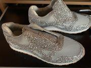 Damen Sneakers - neu- Gr 38 -