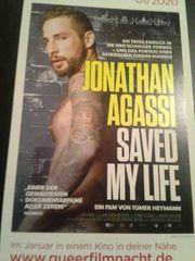 Gay flyer Jonathan Agassi 2020