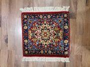 Echter Teppich aus Wolle