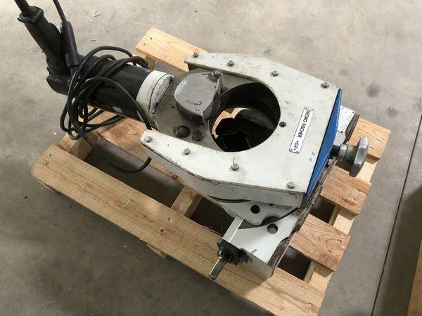 Rohrtrenn und Anfasmaschine Typ RA6