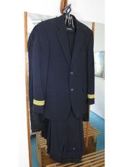 First Officer Uniform für Berufsanfänger