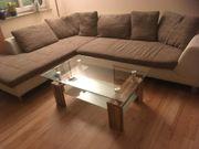 Modernes Wohnzimmer mit TV-Wohnwand Sofa