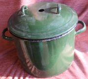 Oma s dunkelgrüner Emaille-Einkochtopf