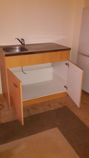 Küchen-Spüle mit Unterschrank