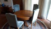 Klassik Esstisch mit Stühle und