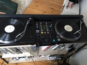 2x Pioneer Turntable PLX 500